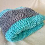 Plaid tricoté à la main pour enfants