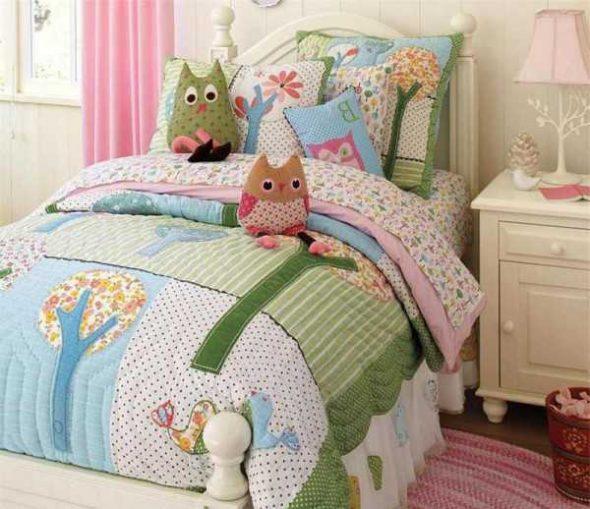 Ensemble de couverture et lit