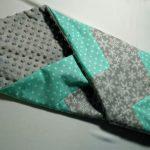 Couverture patchwork gris turquoise