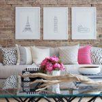 Decoratieve kussens voor een kamer in de loft-stijl
