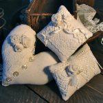 Decoratieve kussens van verschillende vormen handgemaakt