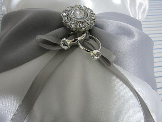We binden trouwringen