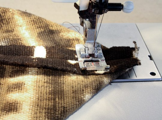 We naaien de naaimachine onze voorbereiding