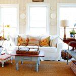 Een verscheidenheid aan decoratieve kussens voor een gezellige en comfortabele woonkamer
