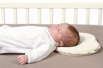 Kussen voor pasgeborenen