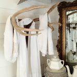 handdoekenrek in het ontwerp van de badkamersfoto