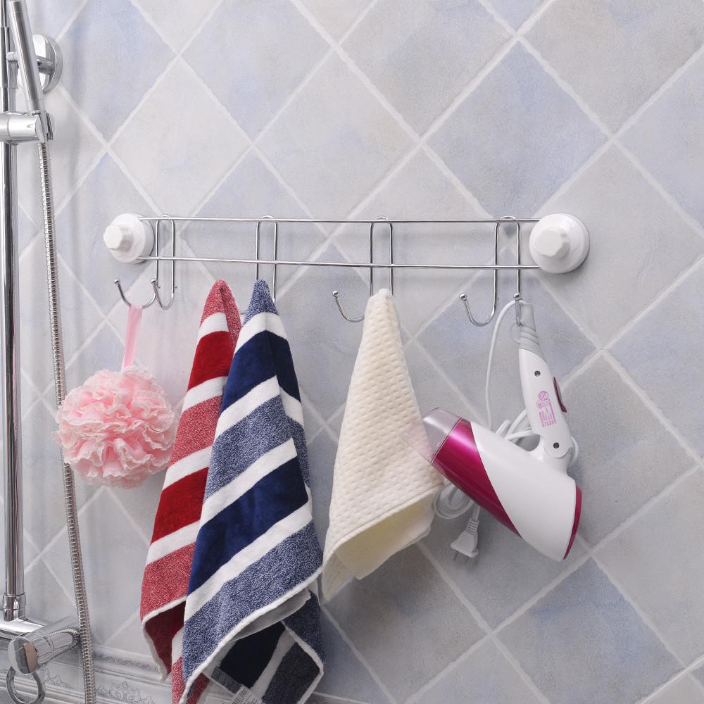 kapstokken in de badkamer