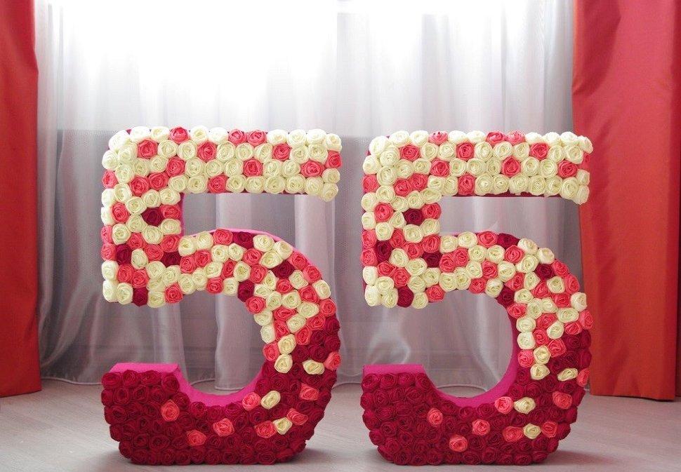 chiffres et lettres de serviettes photo décor