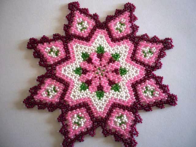 idées de décoration de serviette perlée