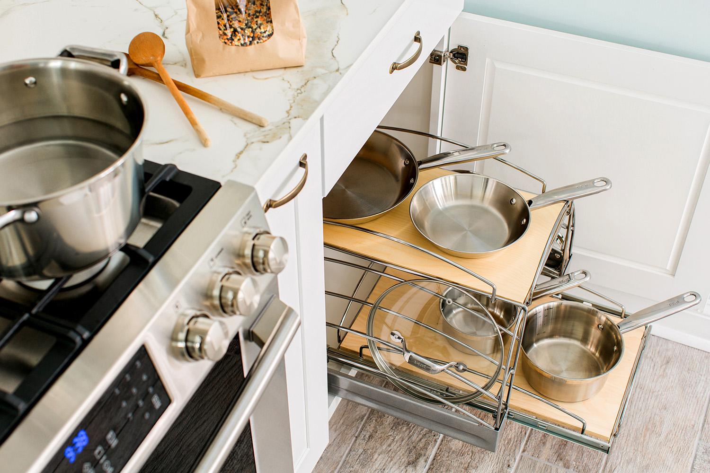 place pour la vaisselle dans la cuisine