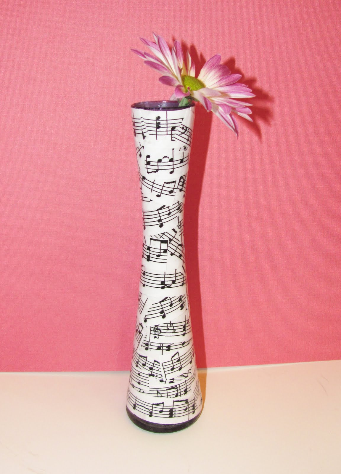 décor de vase decoupage
