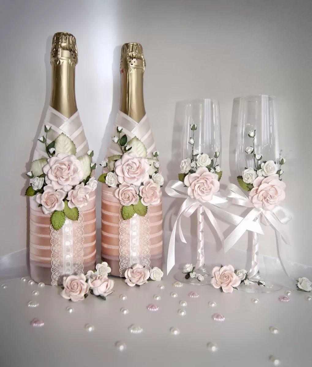 décoration de bouteilles de champagne pour photo de décor de mariage