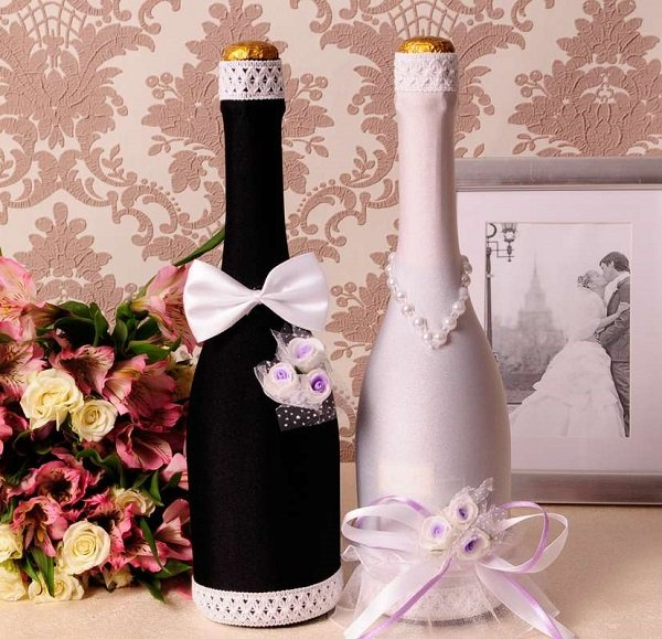 décoration de bouteilles de champagne pour un mariage