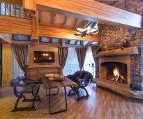 rideaux dans une maison en bois choix d'idées