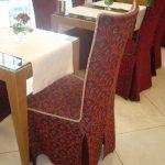 housses de chaise avec décoration de dos