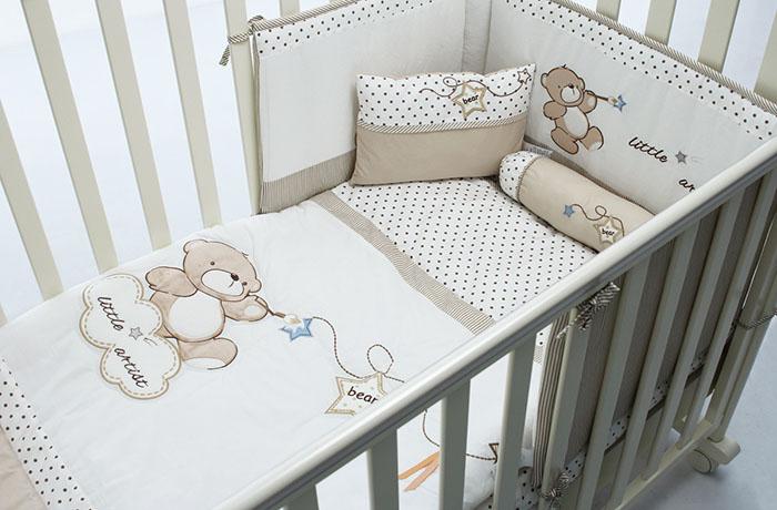 lit bébé avec côtés