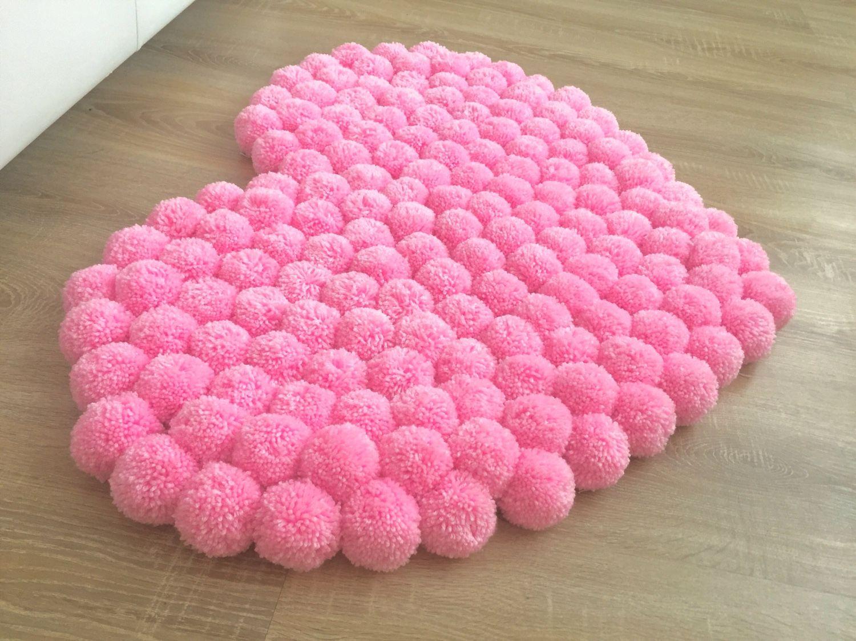 tapis coeur rose