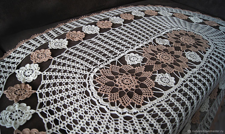 nappe ovale au crochet