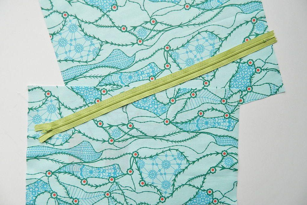 hoe je een ritssluiting kunt naaien in een kussensloopfoto