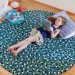 tapis de pompons design photo