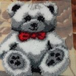 tapis de broderie ours