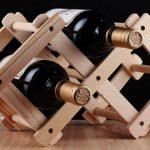 stand pour des idées de décoration de bouteilles de vin