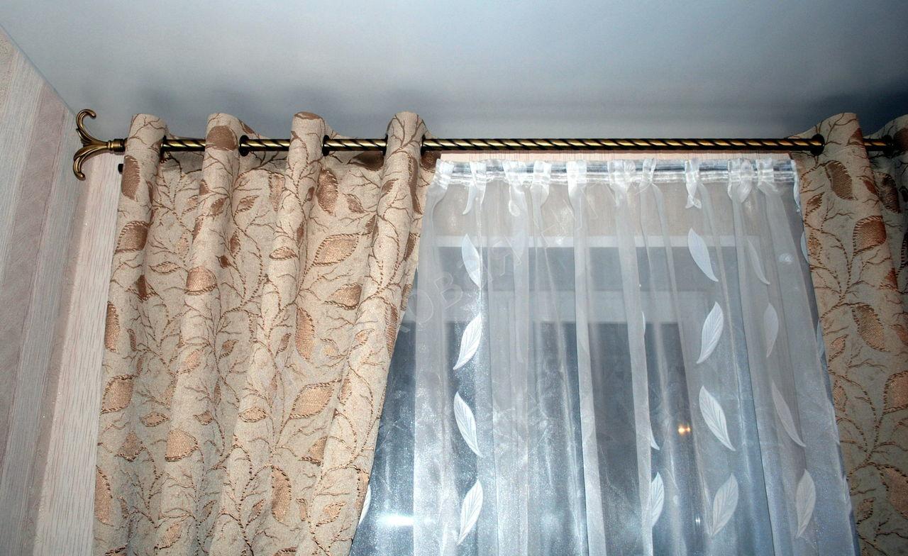 rideaux à oeillets