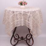 photo de décoration de nappe au crochet