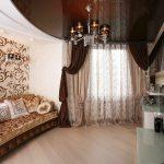 rideaux sur la photo intérieure de ruban de rideau